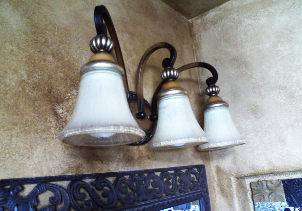 Light Fixtures Medallions
