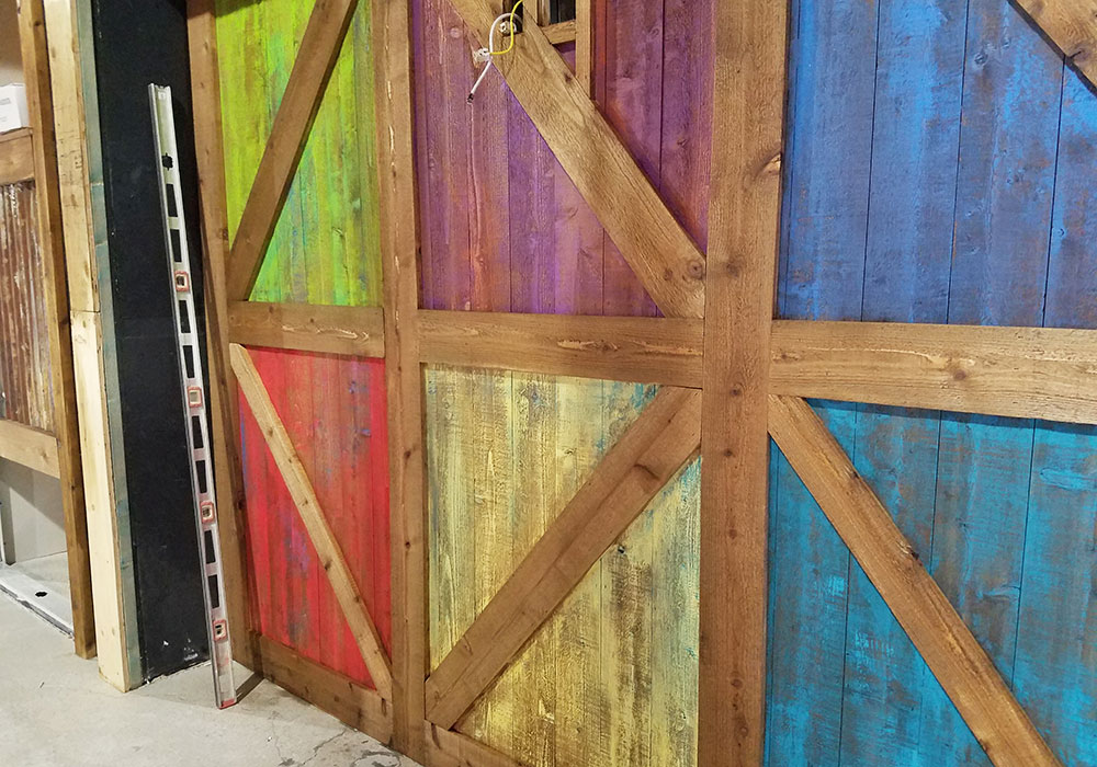 Barn Doors Faux
